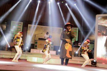 Video: Falz's performance against M.anifest at Ghana Meets Naija '17