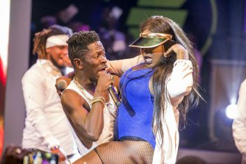 Video: Shatta Wale crowned Best Performer at Ghana Meets Naija '17
