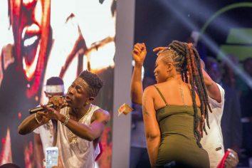 Video: Shatta Wale & Shatta Michy romantic performance at Ghana Meets Naija '17
