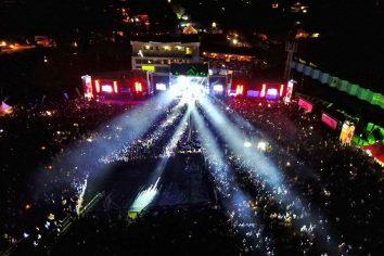 DJ Mic Smith shuts down Uganda in epic concert with Mr Eazi