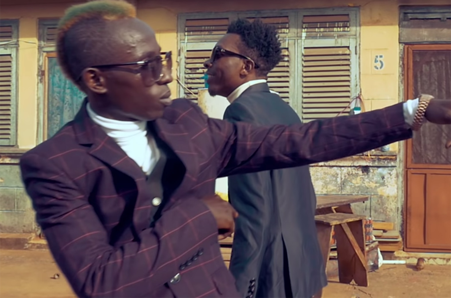 Video Premiere: That Thing by Article Wan feat. Patapaa
