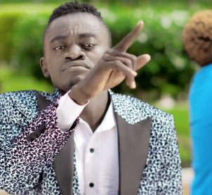 Video Premiere: Ayeyi by Lil Win feat. Odarkidi Andy