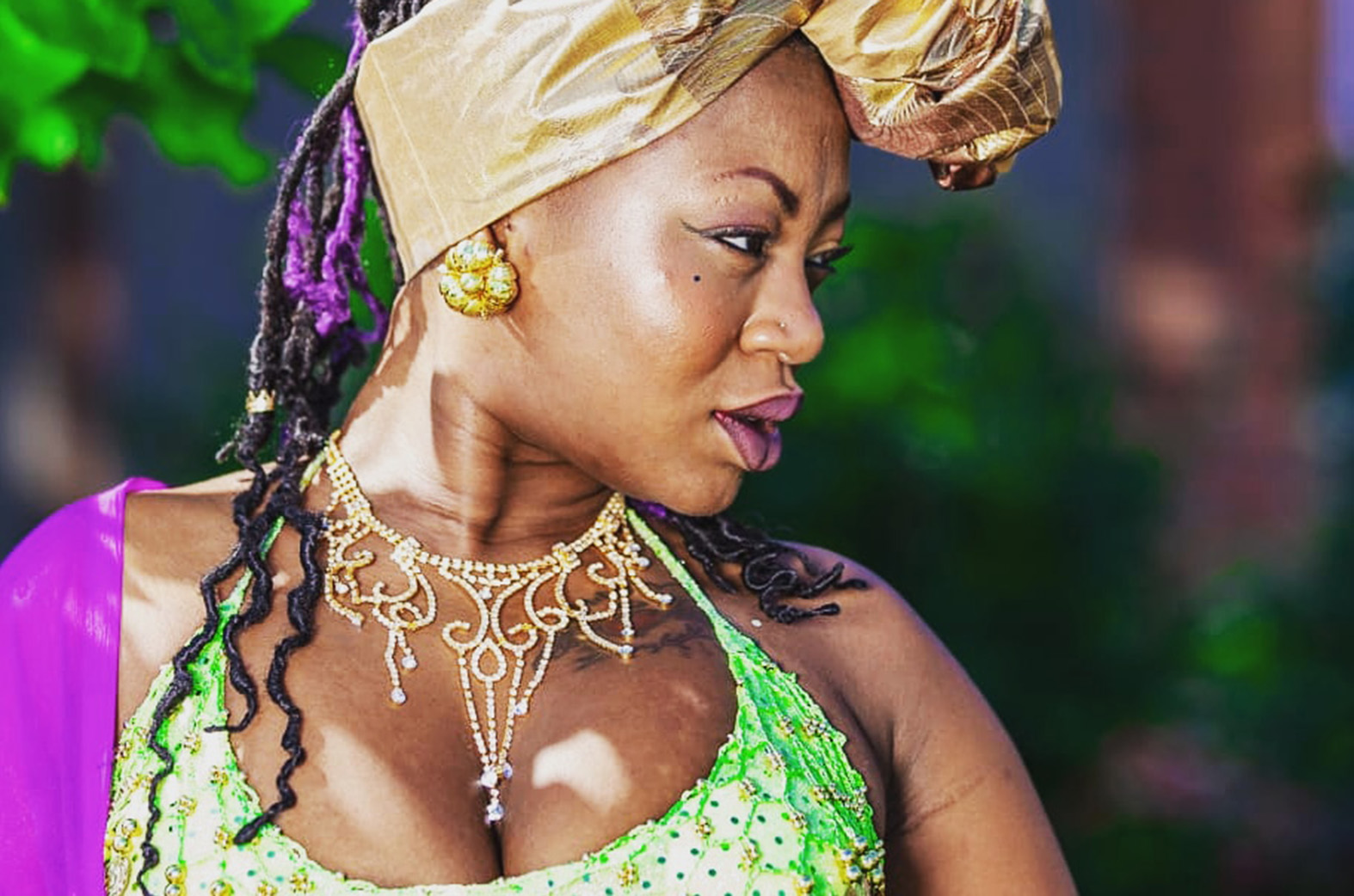 Is Canadian-based Ghanaian singer Salamatu Djenne the latest female threat?